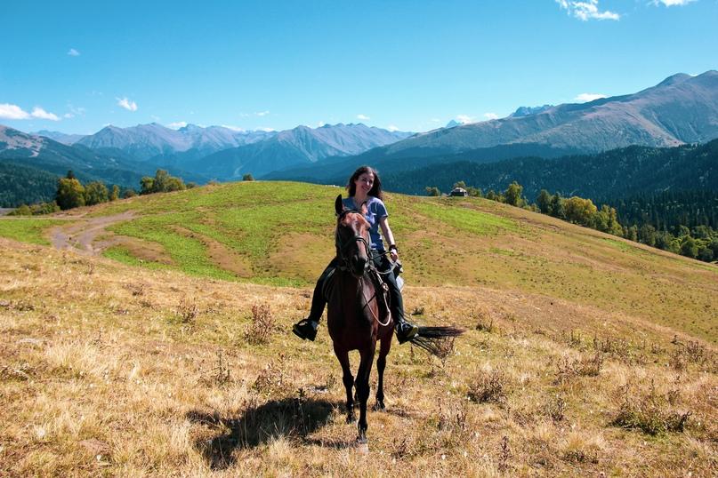 Конный поход в горах был моей давней мечтой. Также давно уже думала о путешестви...