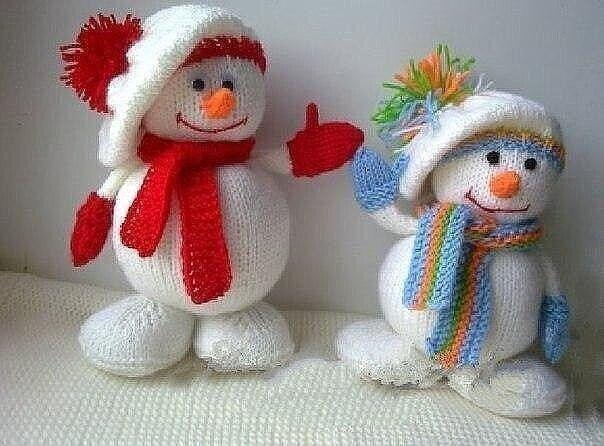 Снеговички, вязанные спицами. Мастер-класс