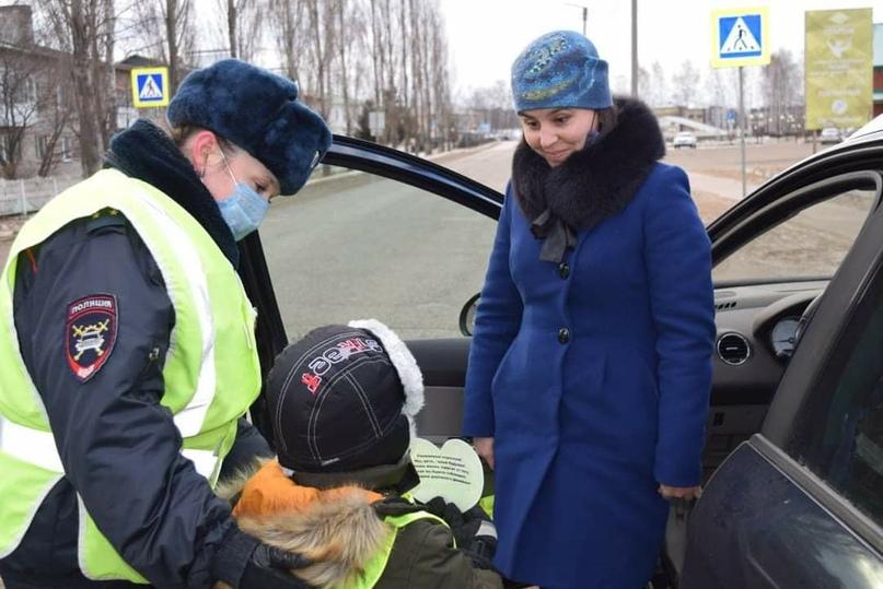 Во Всемирный день ребенка сотрудники ГИБДД Краснокамского района провели