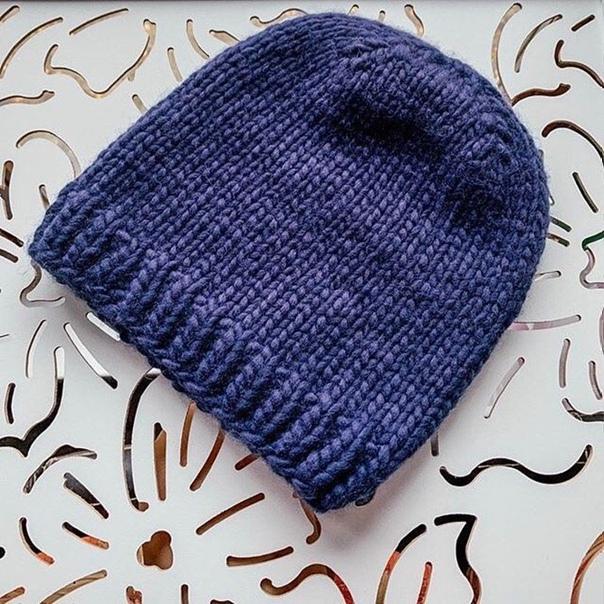 Мужская шапка бини из перуанской пряжи Muka на...