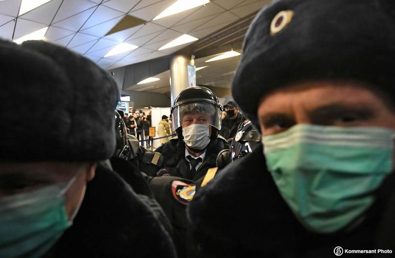 В отделение штаба Алексея Навального в Омске пришли сотрудники полиции. Об этом...