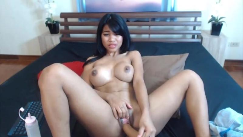 Hot busty Thai babe Nicki Minaj gets squirting orgasm