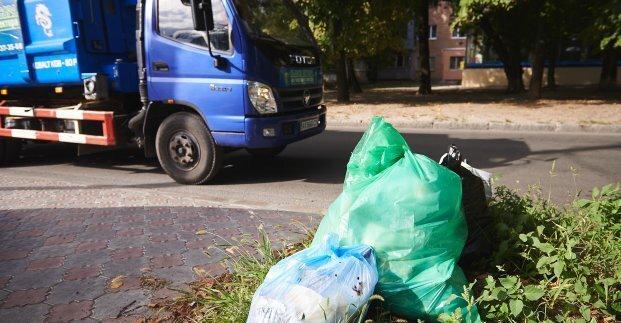 В частном секторе Харькова установят мусорные контейнеры и спортивные площадки