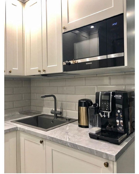 Небольшая кухня 6 кв. м.  Чтобы сэкономить место был...