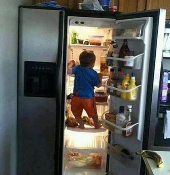 Ты не ты когда голодный???? Дети всегда в...