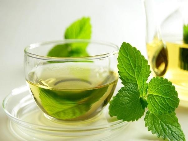 Самые полезные напитки !  1. Вода: выводит токсины, поддерживает работу желудка, положительно влияет на состояние сосудов и суставов.  2. Гранатовый сок: нормализует работу сердца и сосудов, полезен при гипертонии и анемии.  3. Мятный чай:...