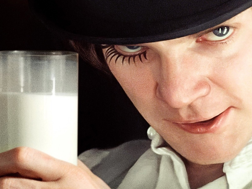 Почему герои в фильмах пьют молоко