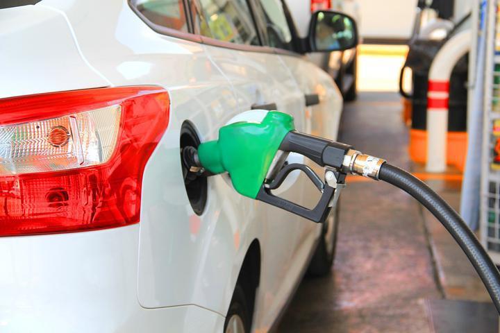С 2 марта снова дорожает автомобильное топливо.