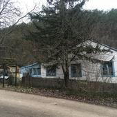 Продам добротный дом в  живописном горном Крыму в с Красный Мак Бахчисарайского района. Площадь дома