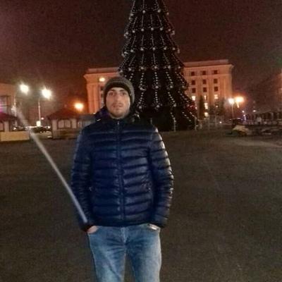 Vuqar Kerimli, Баку