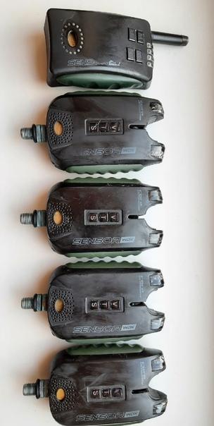 Продам незаменимый инструмент. Набор 4-х сигнализаторов + пейджер Carp...