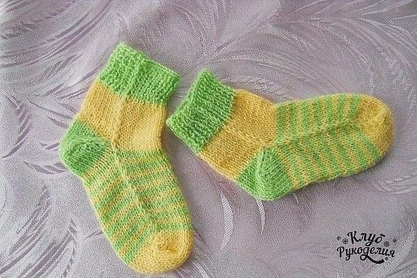 Носочки на двух спицах без швов