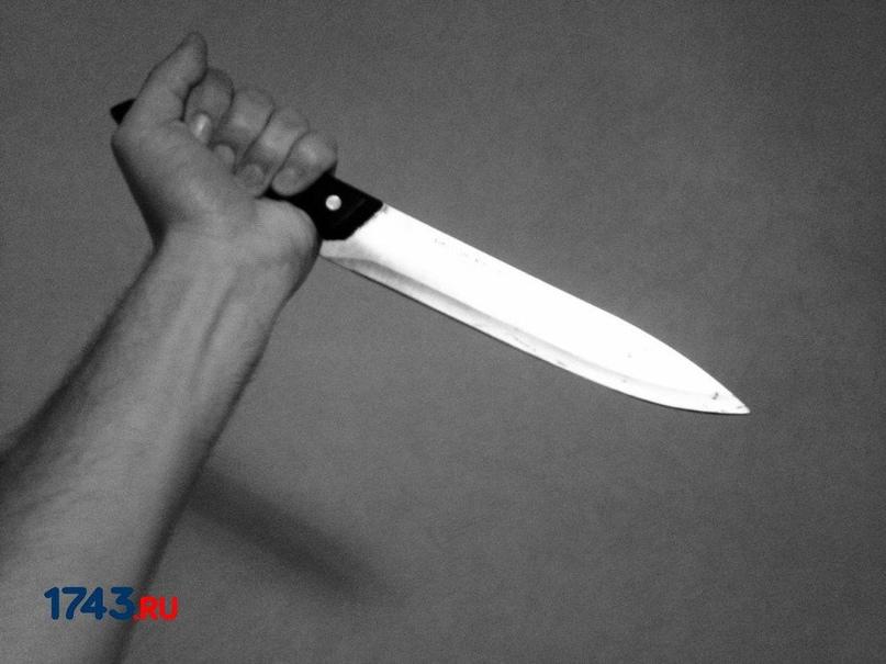Оренбуржец, которого ударили ножом, пытался пешком добраться до дома