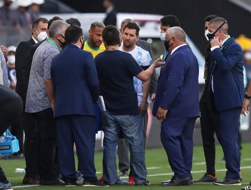 Власти Бразилии остановили матч c Аргентиной из-за 4 игроков соперника из АПЛ, п...