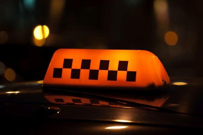 В Оренбурге после распространения видео очевидца оштрафовали водителя такси Мужч...