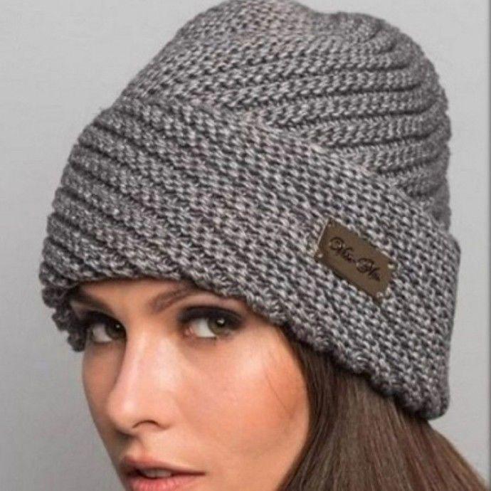 Симпатичная шапочка  - вяжем спицами. Как связать шапку спицами с диагональной резинкой