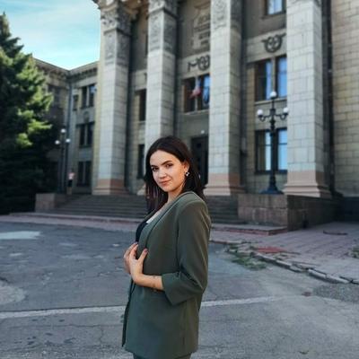 Алёна Григорова, Луганск