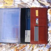 Семейная папка для хранения документов. На 4 человека