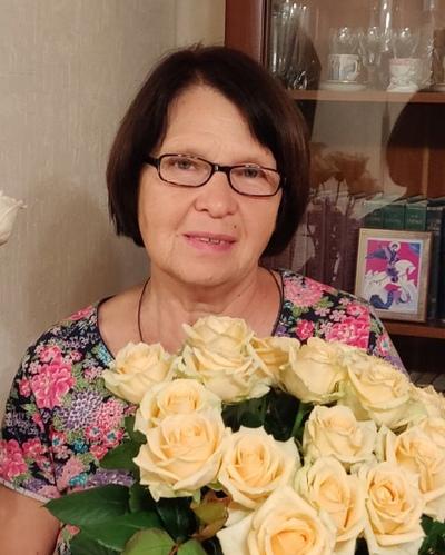Лариса Соколовская