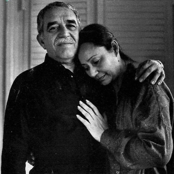 Габриэль Гарсиа Маркес встретил свою будущую жену на танцполе, когда ей было 13...