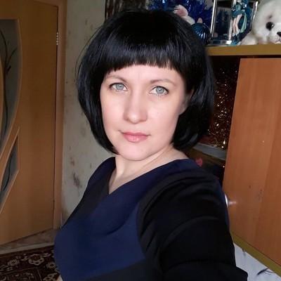 Яна Суконова