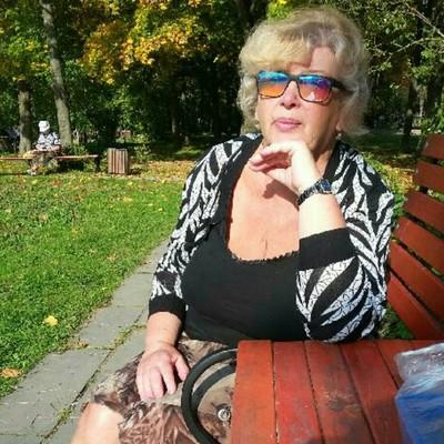Лена Жукова, Санкт-Петербург