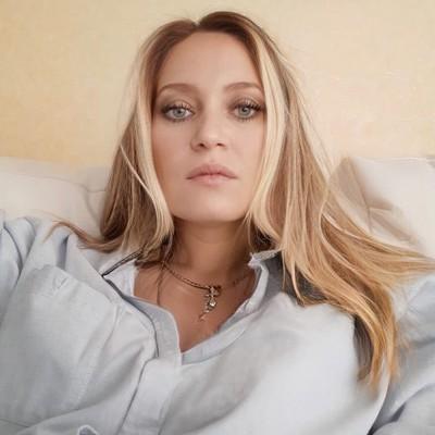 Леся Карпова
