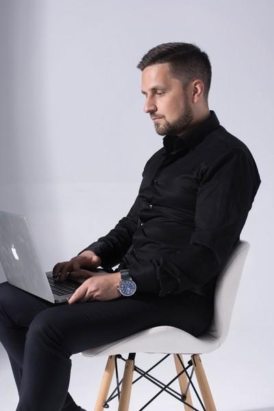 Евгений Медведев, Саратов
