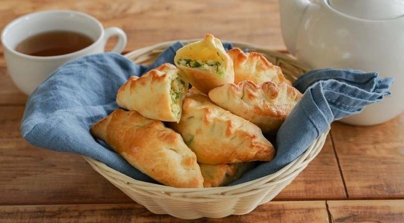 Домашние пирожки с зеленым луком и вареным яйцом 🌱🥚