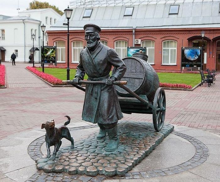 42 необычных и малоизвестных памятника Петербурга