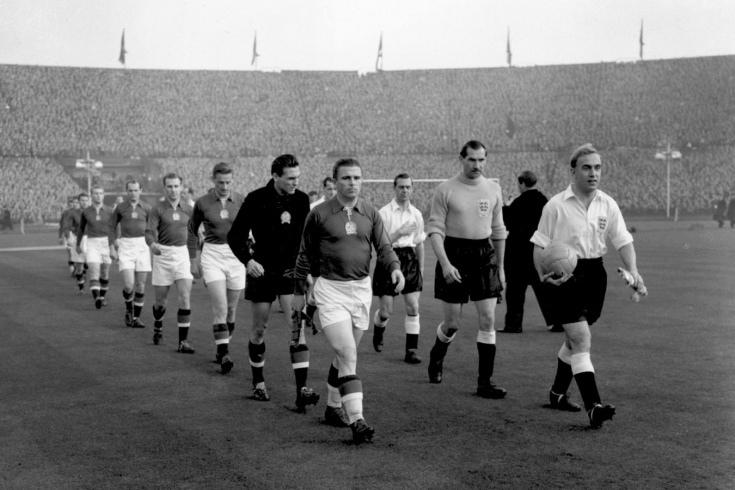 Венгры забили Англии 13 голов за два матча....