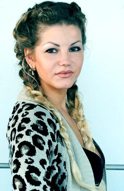 Амира Буренкова