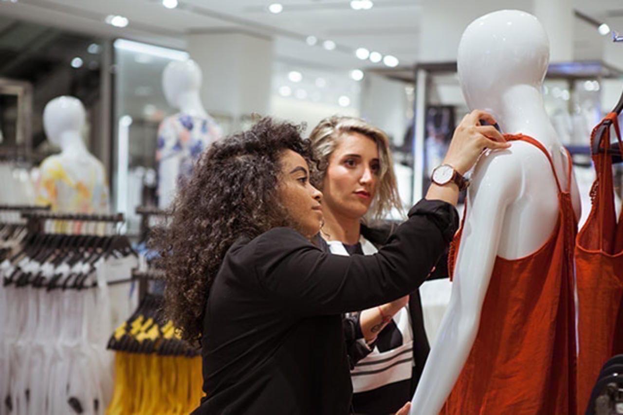 Работа в москве для студентов девушек работа моделей вид