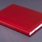 Ежедневник недатированный A5  бордовый матовый