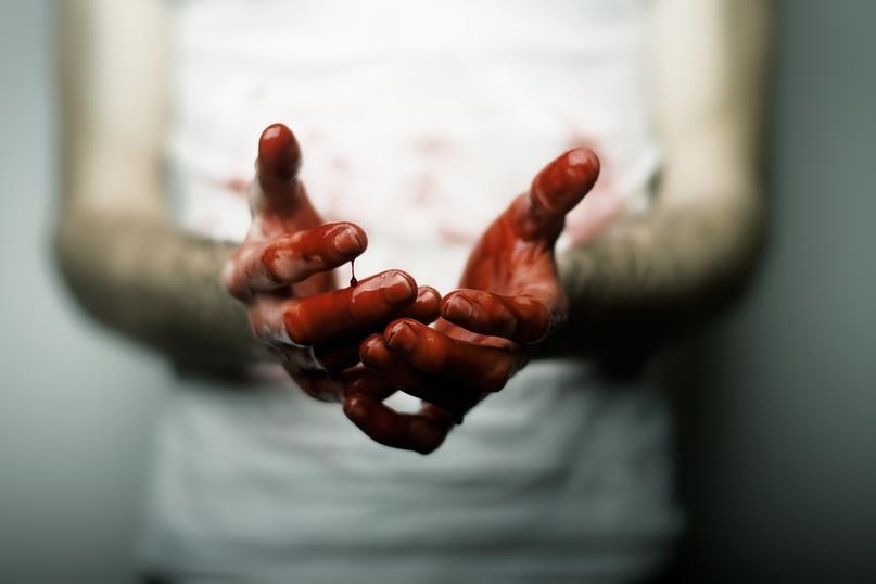 Заклеил рот скотчем и избил: архангелогородец отправился в колонию за убийство жены