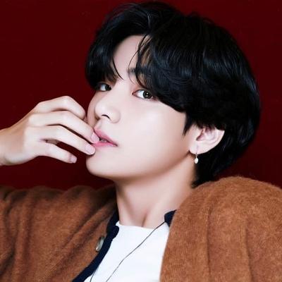 Taehyung Hohenzollersveghernoobelylonely