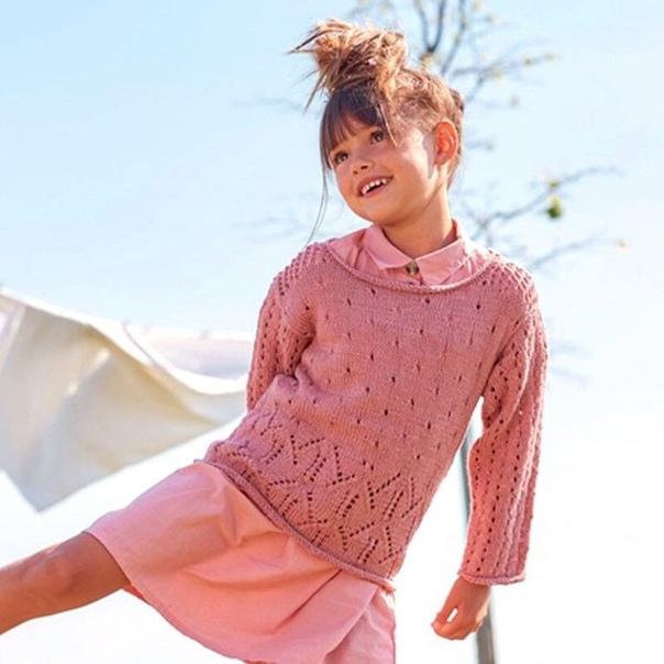 Детский пуловер с фантазийными узорами. Описание вязания