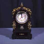 Часы-шкатулка Ретро