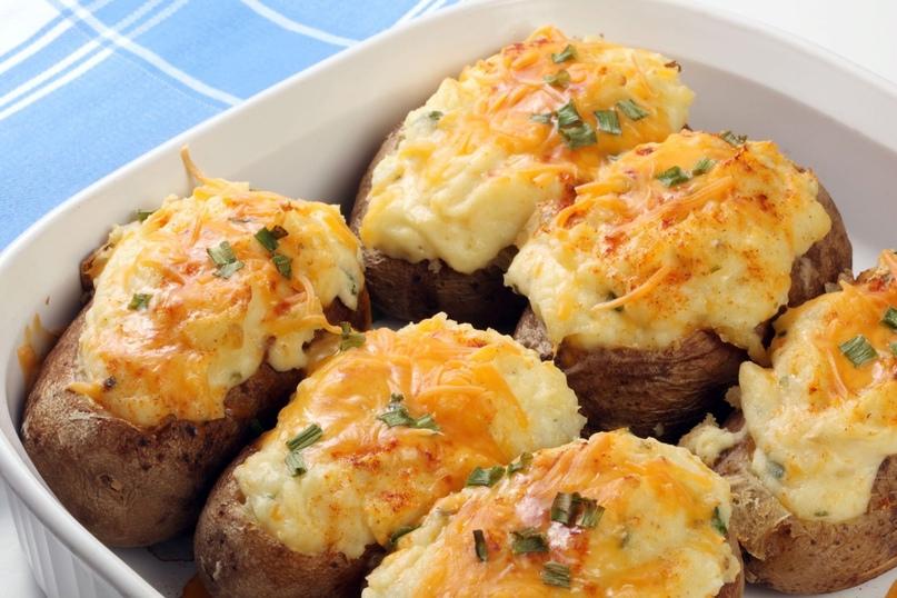 Готовим дома. Фаршированная картошка в духовке.