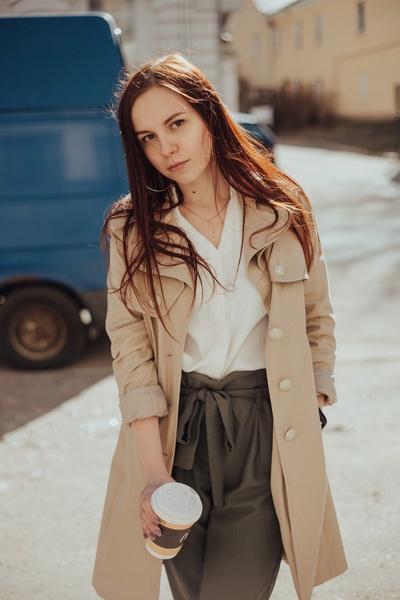 Вероника Крылова, Москва