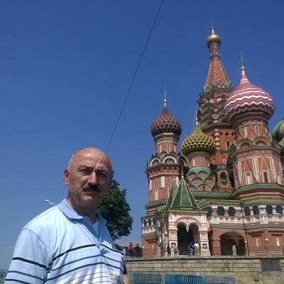 Safa Akol, Москва