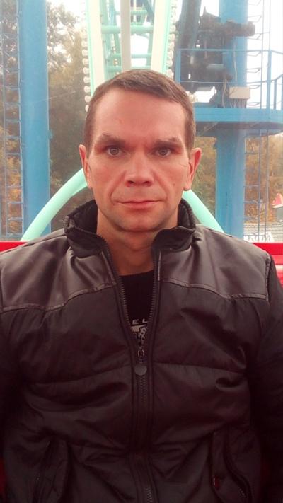 Владимир Неустроев