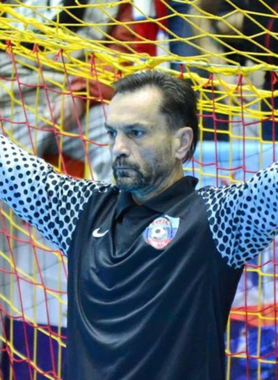 Luis Arkanada, Луганск
