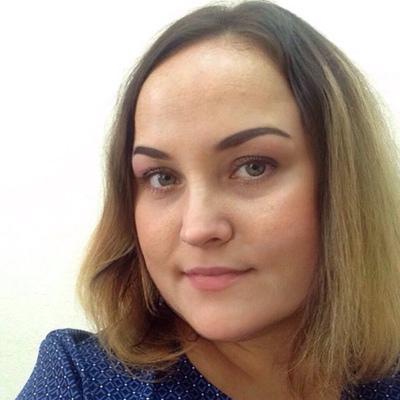 Анна Давыдова