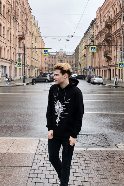 Artyom Mikhaylov