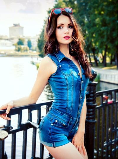 Карина Баринова, Москва