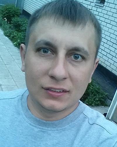 Влад Кучеренко, Москва
