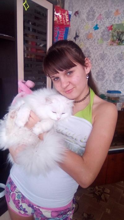Tanya Pchelkina, Omsk