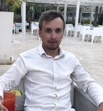 Максим Колесников, Санкт-Петербург
