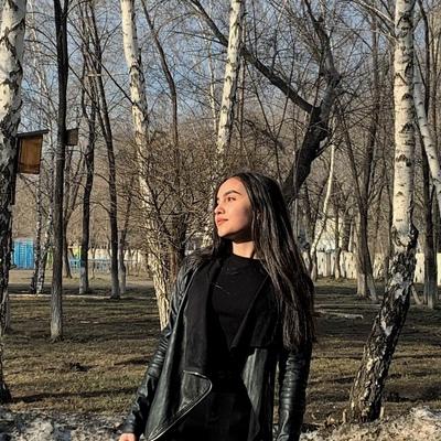 Соня Макаренко